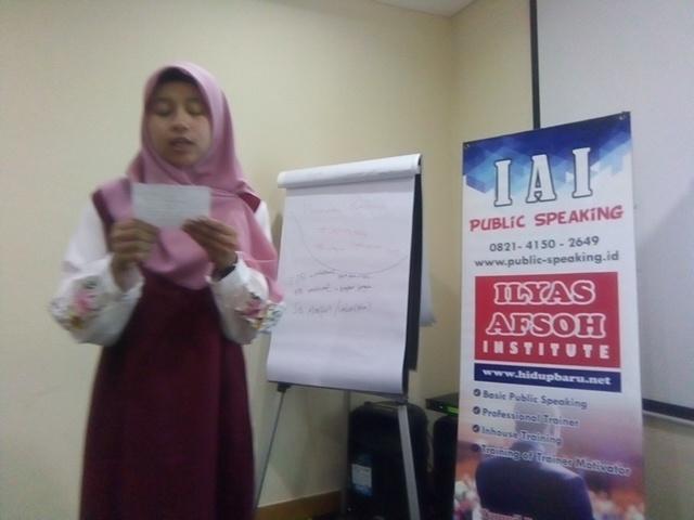 Public Speaking Jualan - 0821.4150.2649 Ilyas Afsoh